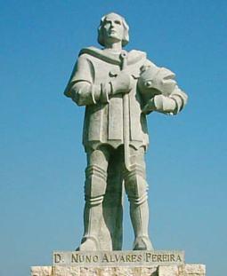 Estatua de Nuno Alvares Pereira no castelo de Ourem (Portugal)
