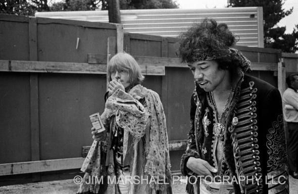 Brian-Jones_Jimi-Hendrix-1967